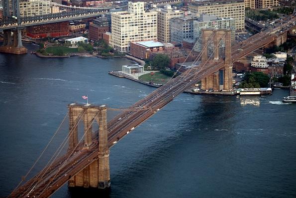 Brooklyn_Bridge_One