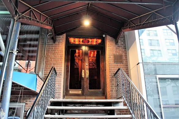 Entrance_Dear_Irving_blog