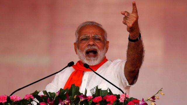 PM Modi Evaluates Congress to Termites , Appeal People to Root Them out