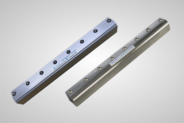 An image showing two Air Blade Air Knife #10012 and #10012S