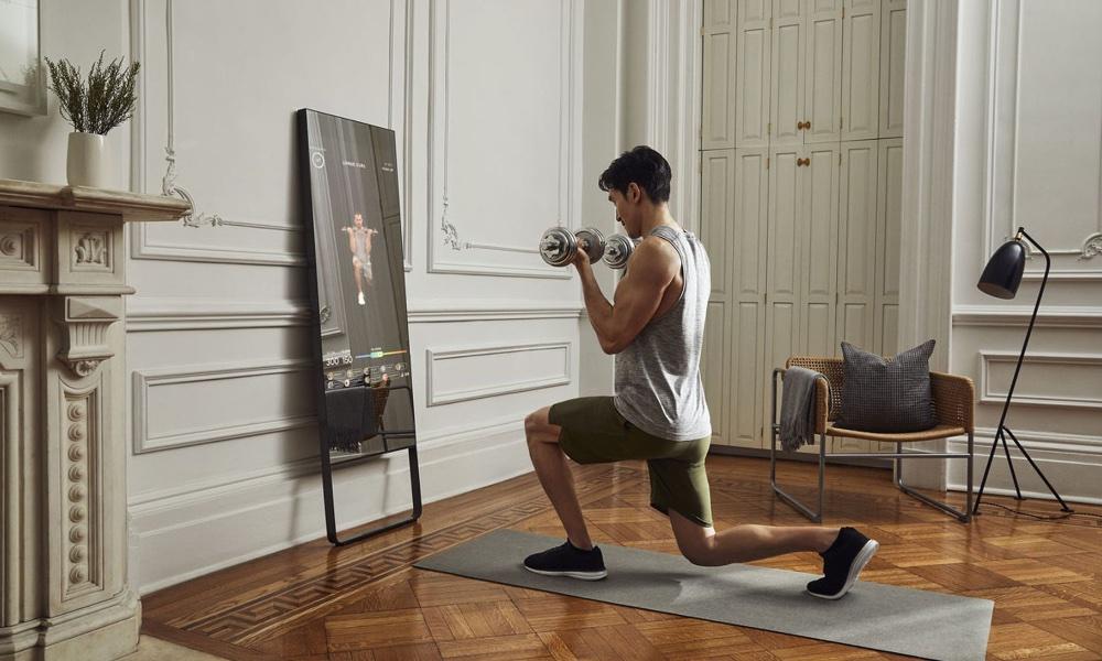 Lululemon поглощает производителя зеркал для фитнеса Mirror