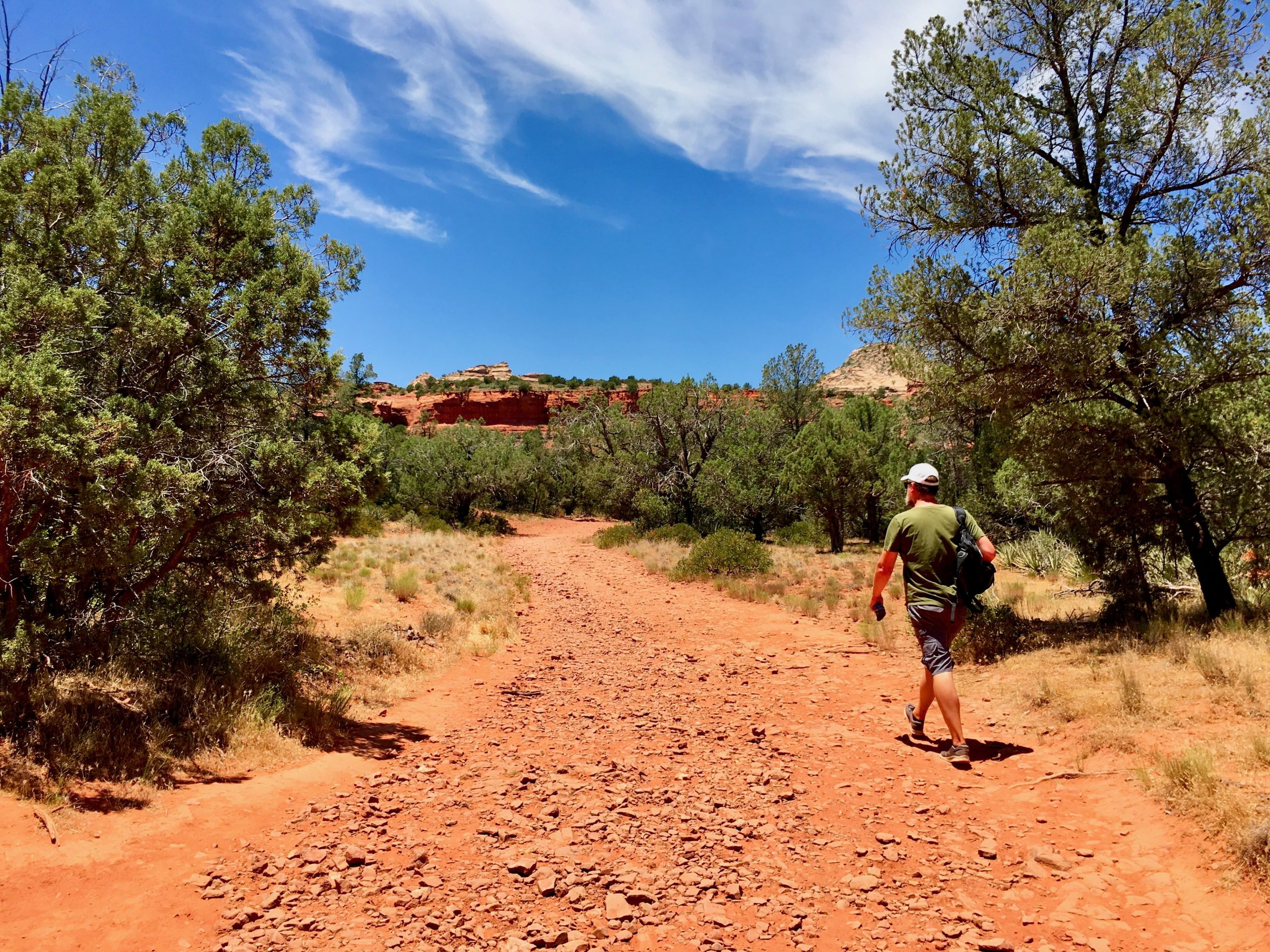 Hiking to the Birthing Cave Sedona