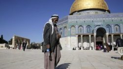 Jerusalem recognition: Nigerien stabs two Dutch journalists