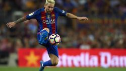 Chelsea's Conte hails Messi as 'the best in the world'