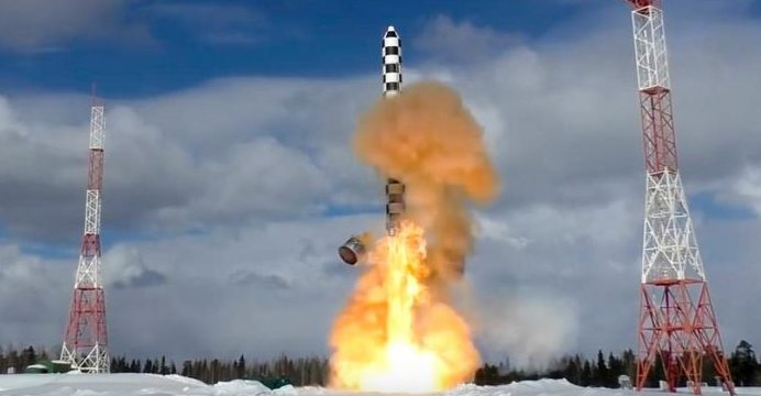 """Russia launches another dangerous missile """" Satan 2"""""""