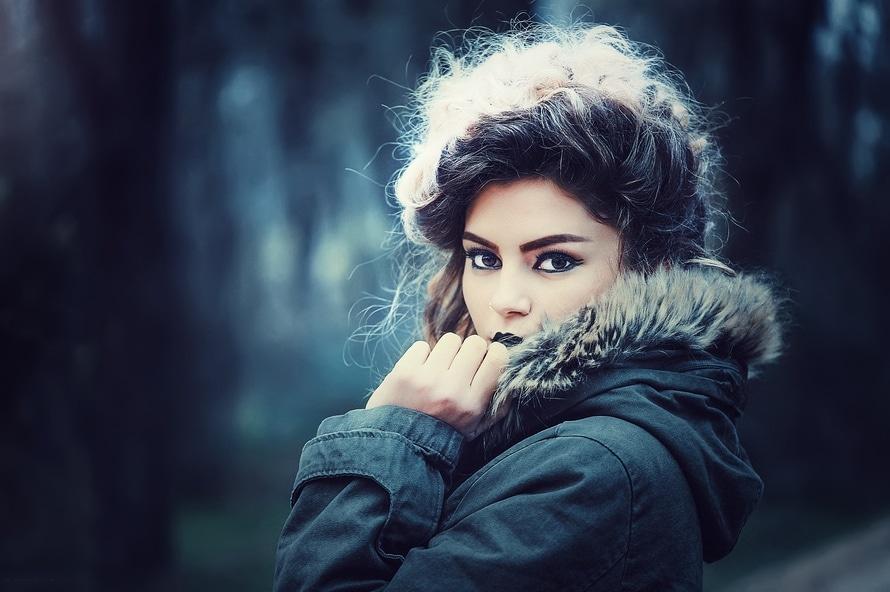 fashion-beauty-model-portrait-large (1)