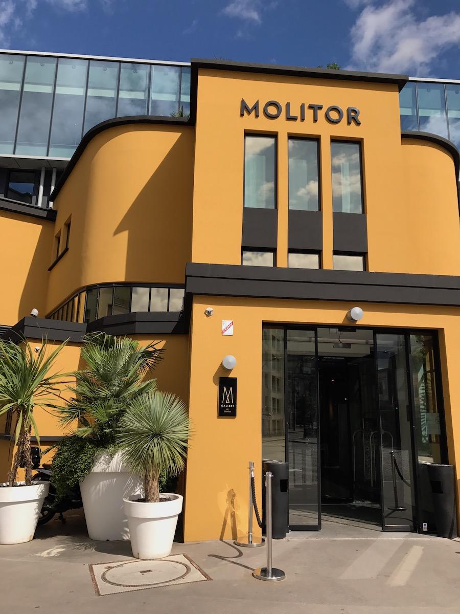 Molitor entrance