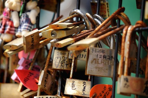 love_locks_enoshima_1