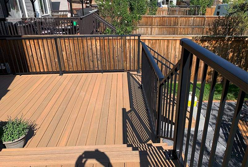 composite deck in Coconut Husk