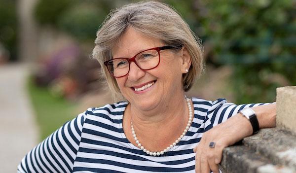 Portraetbild Elisabeth Wieser