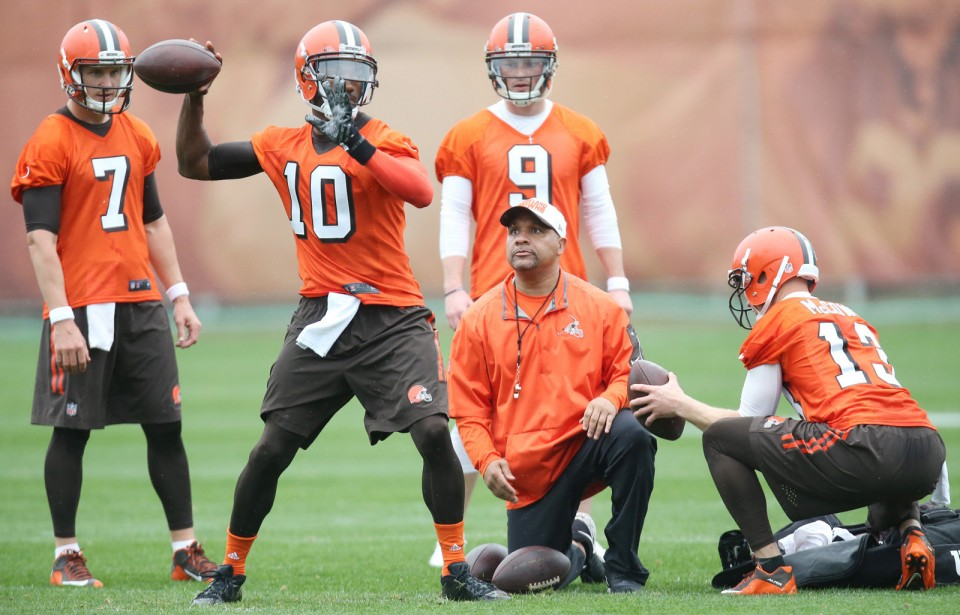 Who should be the Browns Week 1 starter