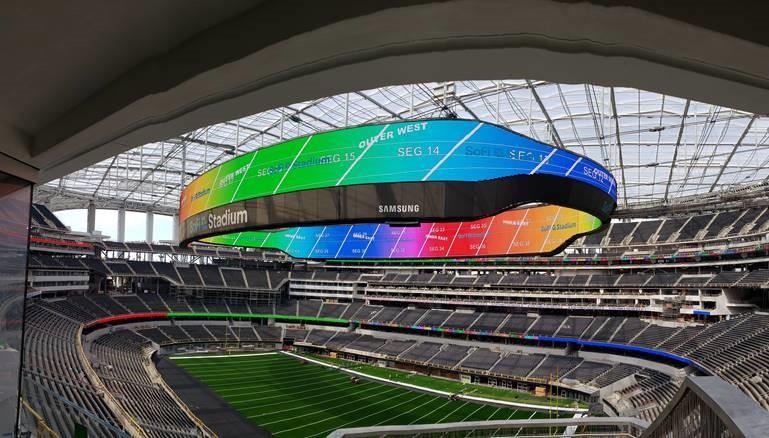 Atualização do SoFi Stadium: maior videoboard de todos os tempos já concluído 15