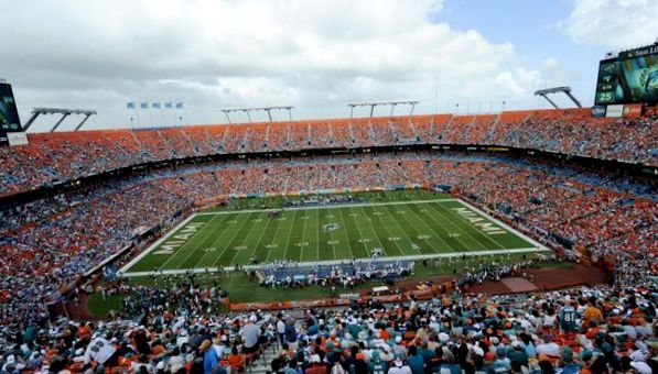 Miami Dolphins live streaming football game