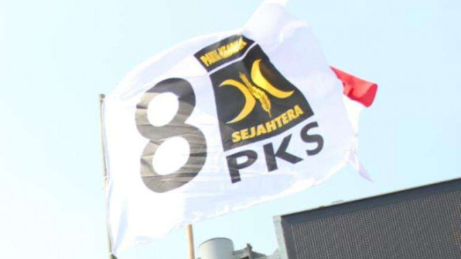 PKS dan Misteri Selalu Melesetnya Hasil Lembaga Survei