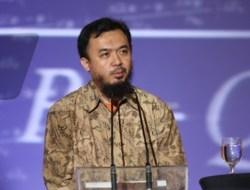 Helmholtz, Rumus Tersulit di Dunia yang Berhasil Dipecahkan Pria Asal Indonesia