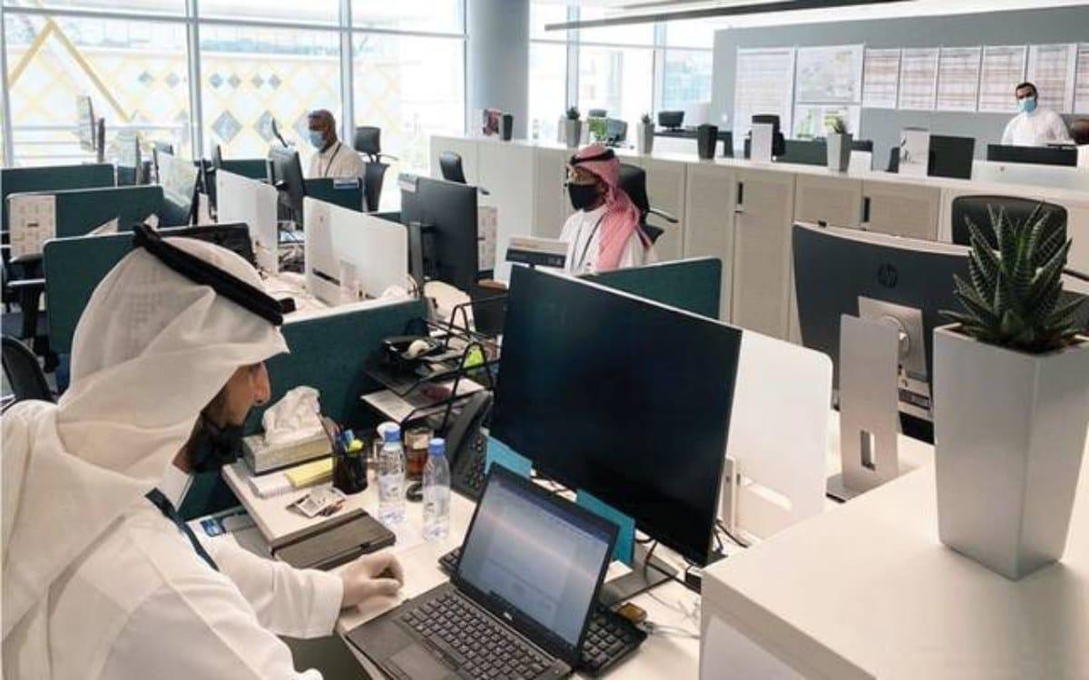الموارد البشرية تعلن رفع الحد الأدنى للأجور للسعوديين لـ4000 ريال