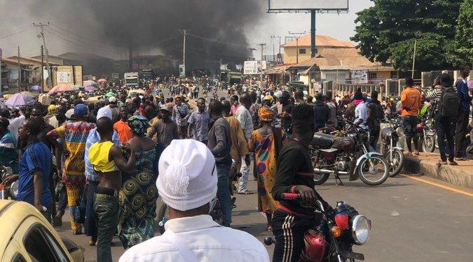 Pandemonium As Okada Riders, Security Personnel Clash In Ibadan (Video)