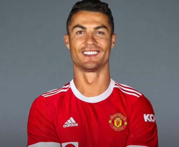 Man United re sign Cristiano Ronaldo