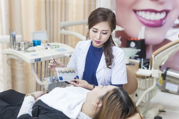 bac sy li%C3%AAn - Niềng răng hô giá rẻ an toàn tại Hà Nội