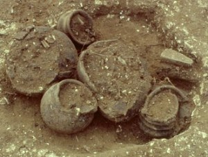 A wealthy Iron Age cremation burial excavated at Icknield Way East