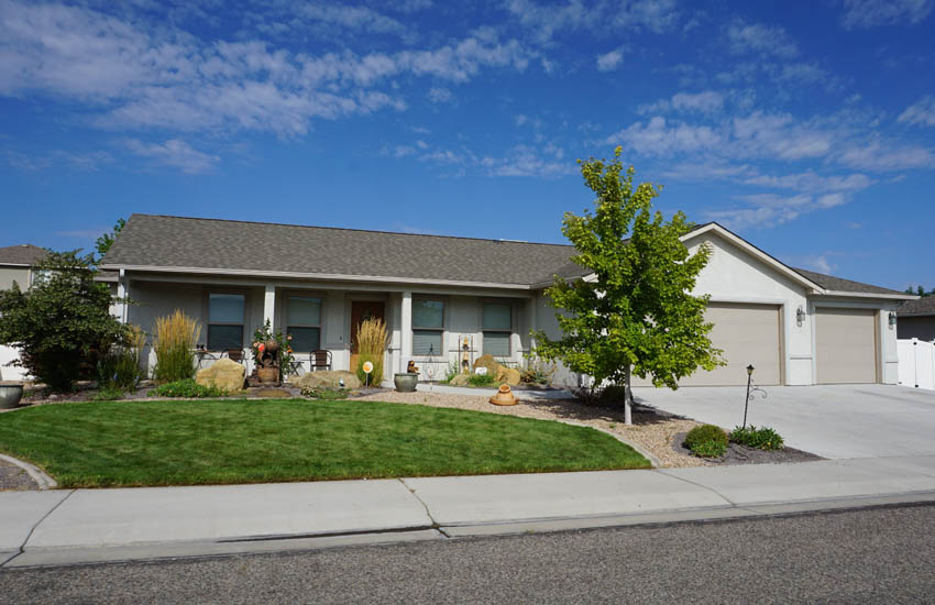 185 Sun Hawk - Summer photo - 3 bed 2 bath home with new flooring