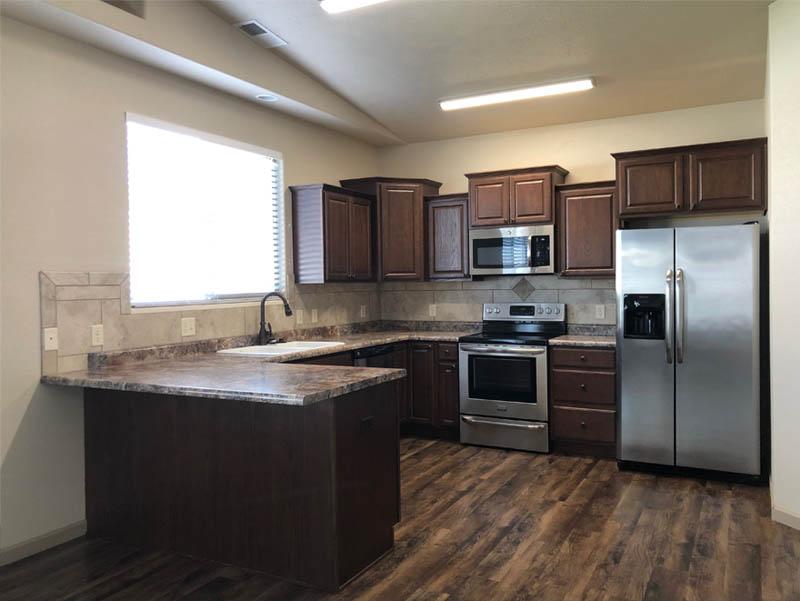 the wrap-around kitchen in 170 Night Hawk
