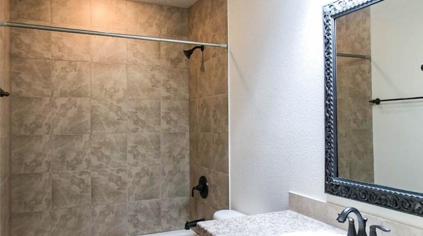 The hall bath in 170 Sun Hawk Drive