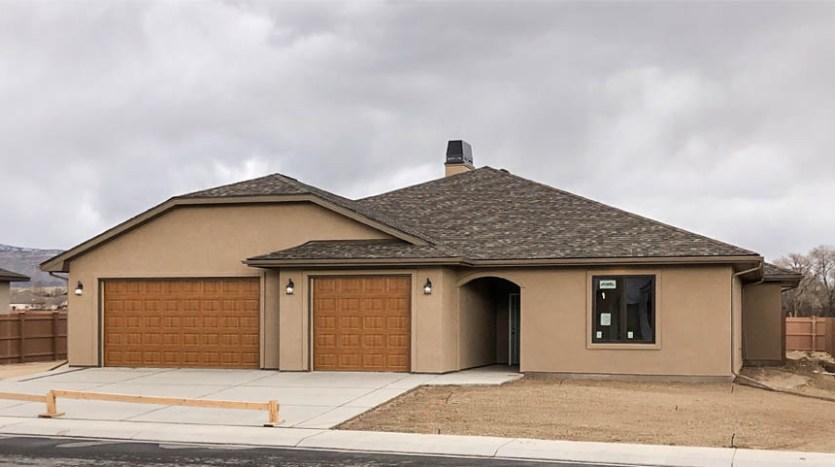 853 Fire Agate is a 3 bedroom, 2.5 bath 2140 square foot home in Emerald Ridge Estates.