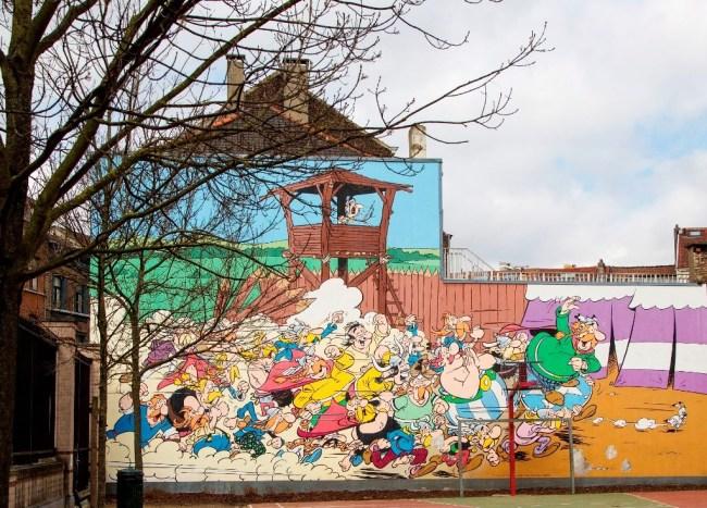 Bruxelles comic murals. Photo: PhPo