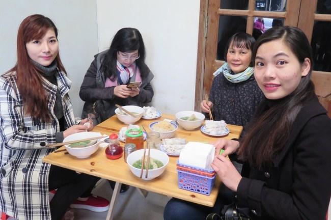 Bánh cuốn Phố Cổ Đồng Văn – Thao, Huong, Mai, Ha