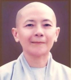 Thích Nữ Trí Hải Phùng Khánh. Photo: Internet