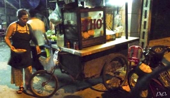 Phở lóc cóc đường Trần Thúc Nhẫn. Photo: PhPo
