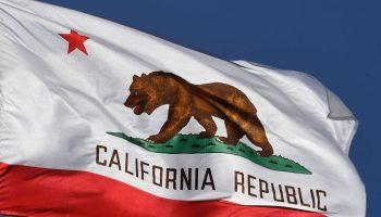 california flag 700x420