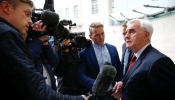 UKs Johnson Tells Germany And France Do A Brexit Deal
