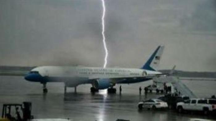 af1 lightning strike