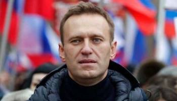 Poisoned Kremlin critic Alexei Navalny out of coma and responsive: German hospital