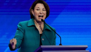 After court ruling, Klobuchar tells Minnesotans 'don't vote by mail anymore'