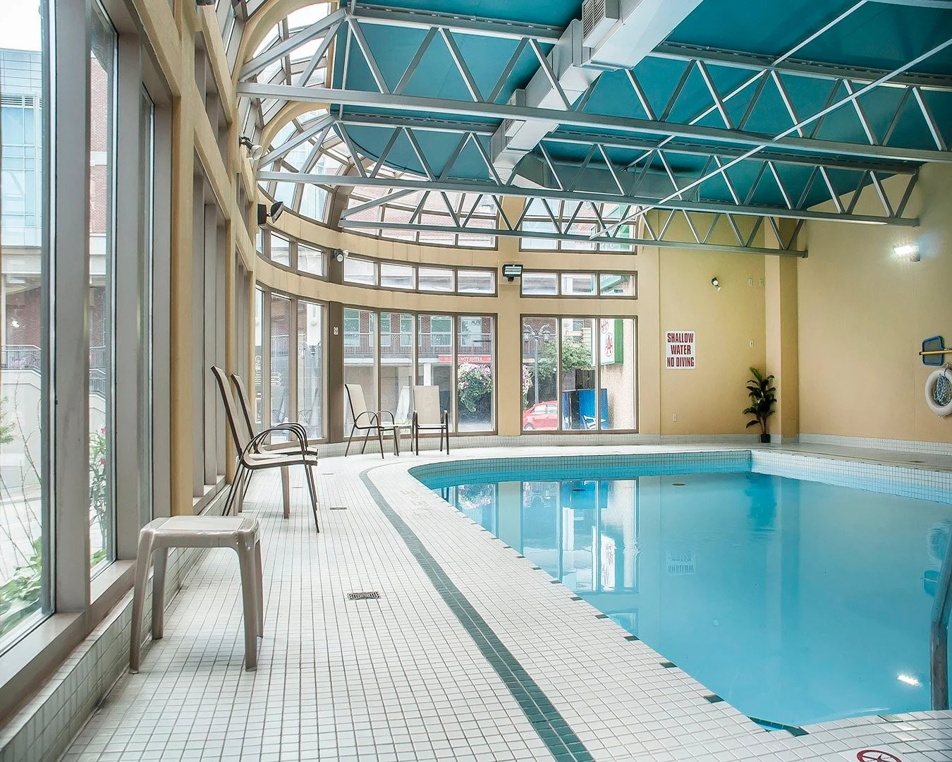 Quality Fallsview Cascade Hotel Where To Stay Niagara Falls Canada