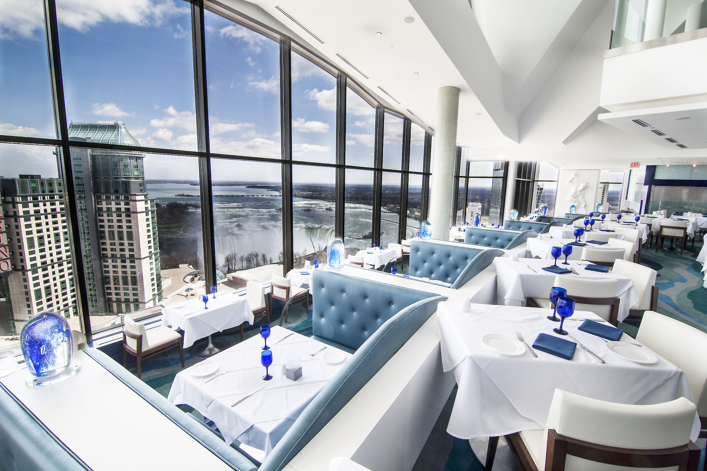 Hilton Hotel And Suites Niagara Falls Fallsview Where
