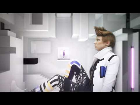 , Video: La Roux – Bulletproof