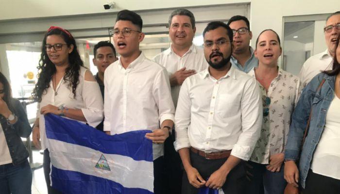 Lesther Alemán regresa a Nicaragua