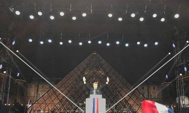 Macron Pyramide Louvre symbole maçonnique