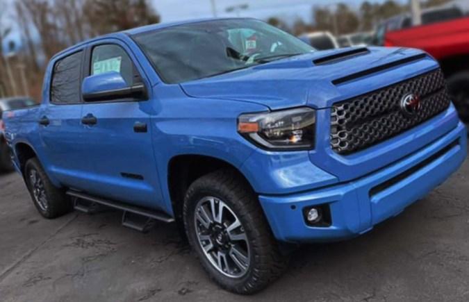 toyota-tundra-trd-pro-trim-voodoo-blue-2021
