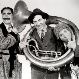 Marx Brothers (A Day at the Races)_01
