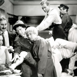 Marx Brothers (A Night at the Opera)_02