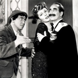Marx Brothers (A Night in Casablanca)_01