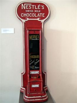 vintage vending devices machines (6)