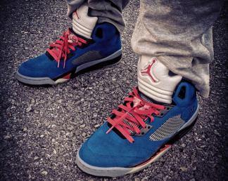 "the latest d93f0 a207e You  RiFF RAFF Air Jordan 5  Aquaberry  Custom Going for Almost  100,000  Air  Jordan 5 ""Air Minion"" Custom  Air Jordan 5 ""Eminem"" Custom ..."