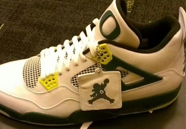 "best service 82c22 19f65 Air Jordan 4 ""Oregon Duckman"" PE"