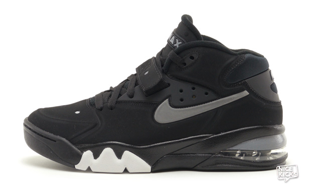 "official photos e352a d3f9d Nike Air Force Max 2013 ""Fab 5"" Available Now"